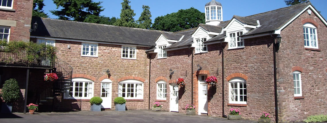 Grosvenor Cottage, luxury self catering accommodation in the Wye Valley, close to the Forest of Dean